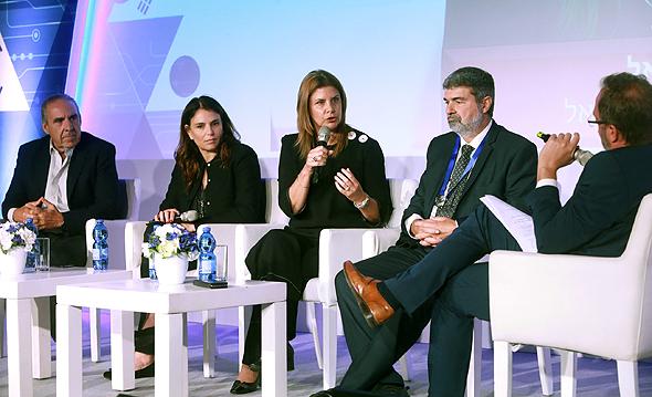 מימין: ישר בן מרדכי, ענת גבריאל, ציפי עוזר ערמון ומשה קפלינסקי