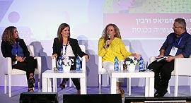 מימין: ליאור גוטמן, איילת נחמיאס ורבין, אורנה הוזמן בכור אסתר אלדן, צילום: צביקה טישלר