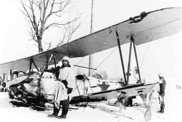 מטוס פוליקרפוב 2 שהתרסק מאש גרמנית