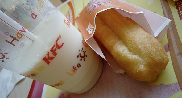 יו-טיאו. אוכל רחוב פופולרי בסין, צילום: KFC