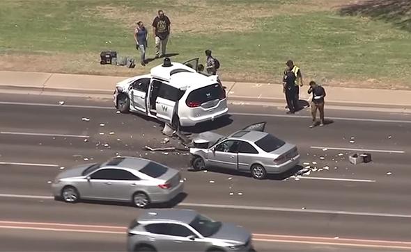 תאונה רכב אוטונומי של וויימו ב צ'נדלר אריזונה, צילום: youtube