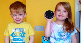 Kids with technology (illustration). Photo: ReviewKidz