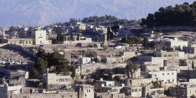 חברת החשמל המזרח ירושלמית תשלם חוב של 180 מיליון שקל לחברת החשמל