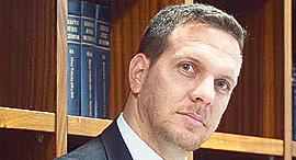 """עו""""ד אייל פייבל, שותף בפירמת עורכי הדין זיסמן, אהרוני, גייר ושות' (ZAG-S&W("""