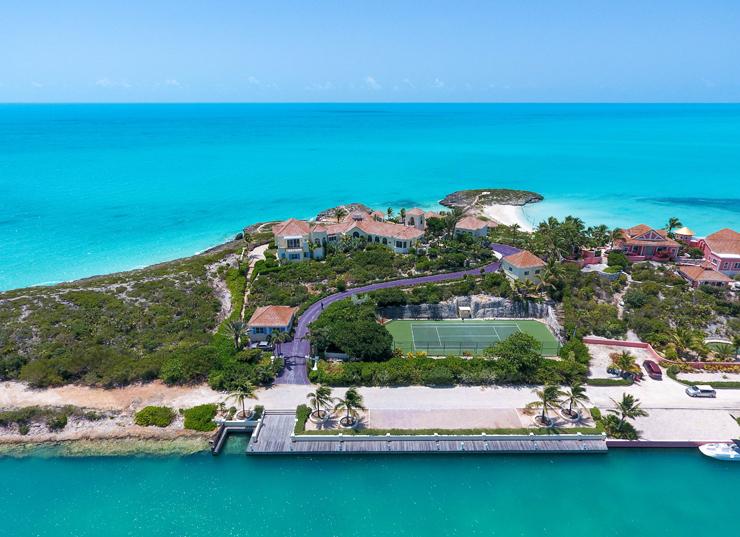 מבט על האחוזה מהאוקיינוס, צילום: Premiere Estates