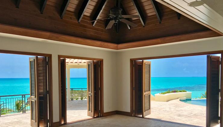 האחוזה ממוקמת באיי טורקס וקאיקוס בצפון האוקיינוס האטלנטי, צילום: Premiere Estates