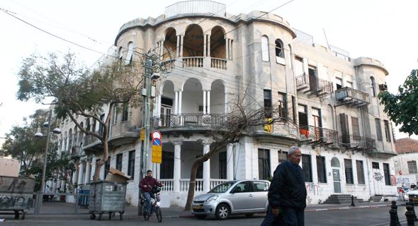בית העמודים בתל אביב