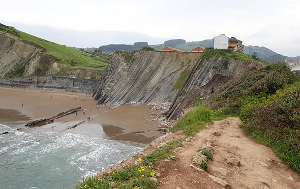 חוף Itzurun בעיר Zumaia