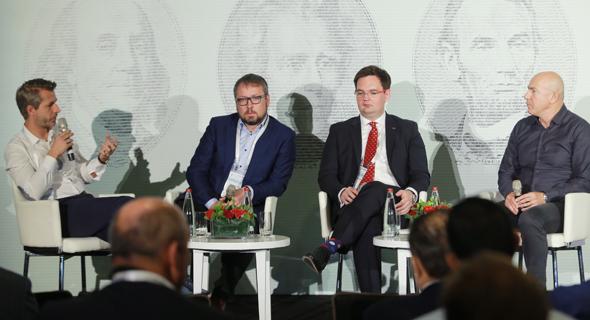 חברי הפאנל - פרופ' גרשון, פיוטר ווטמנסקי, פאבל קרבץ' ואונדרי גאליק