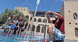 פנאי פעילות הדגמות מים ב מדעטק חיפה, צילום: איל אמיר