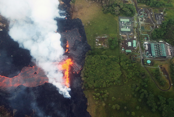 Lava approaching the Puna power plant. Photo: AFP
