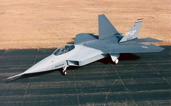 ה-YF22, אב הטיפוס של ה-F22. כן, הוא היה שפיצי יותר בילדותו