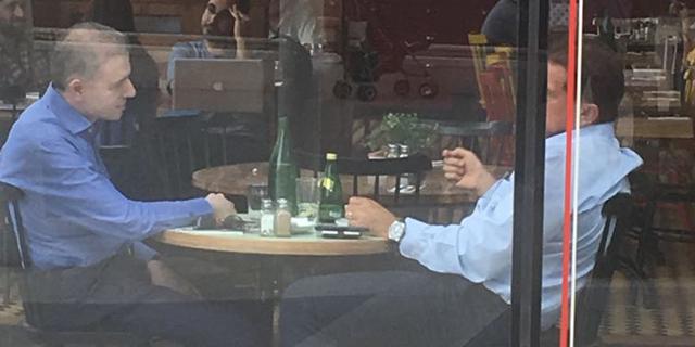 """עוד אין מנכ""""ל לכלל: דני נוה נפגש עם יובל גביש"""