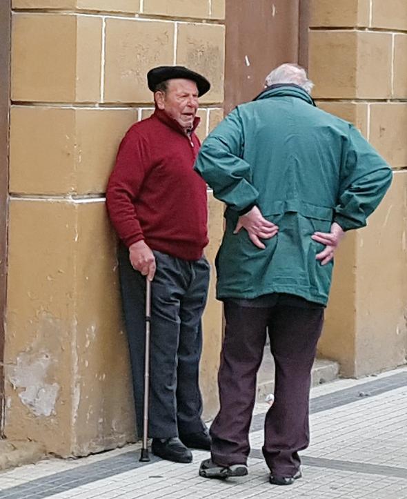 זקנים באסקים בעיר זומאיה