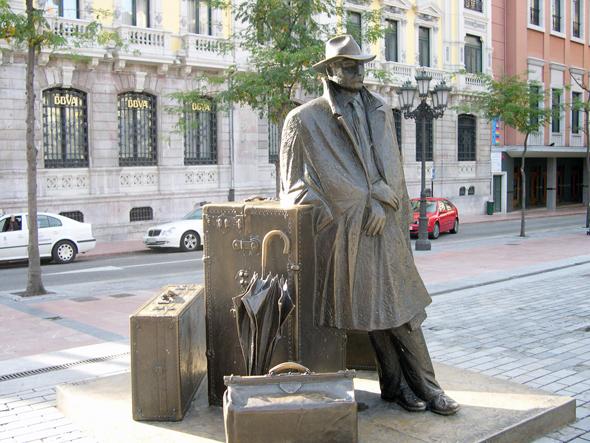 הפסל של האיש האלמוני באוביידו