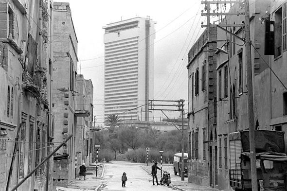 מגדל שלום מאיר. המדינה החליפה את ערכיה ובנתה מגדל על אתר מורשת חשוב