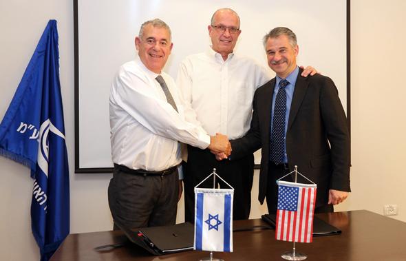 IAI's Boaz Levi and Joseph Weiss and Honeywell's Carl Esposito. Photo: PR