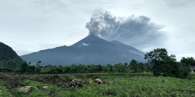 נהר של לבה: 25 הרוגים בהתפרצות הר געש בגואטמלה