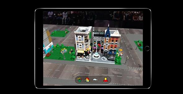 """משחק מבוסס מציאות מוגברת מודגם באירוע אפל, ע""""ג אייפד"""