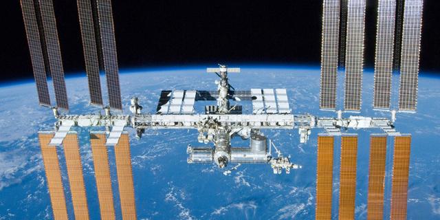 """נאס""""א תאפשר לתיירים לבקר בתחנת החלל הבינלאומית; המחיר: 35 אלף דולר ללילה"""