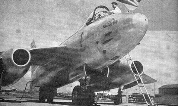 מטוס ווטור על הקרקע, לקראת המראה