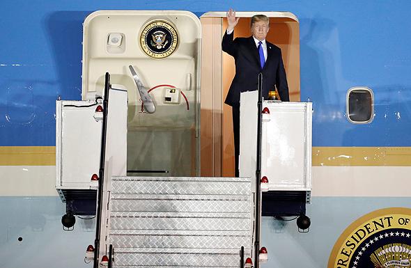 דונלד טראמפ מגיע לסינגפור , צילום: רויטרס