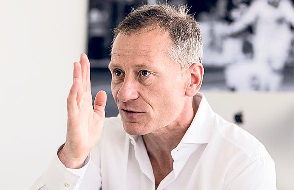 מנכ״ל הופנהיים, פיטר גורליך: ״על אף הדיגיטציה, הכדורגל לא ייהפך לרובוטי. בסופו של דבר, כל העסק שלנו מבוסס על אנשים שרוצים לראות אנשים אחרים עושים דברים מופלאים״, צילום: Uwe Gruen