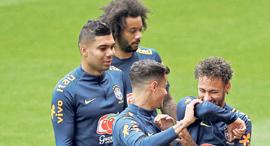 ניימאר, קוטוניו, מרסלו וקאסימרו, צילום: רויטרס