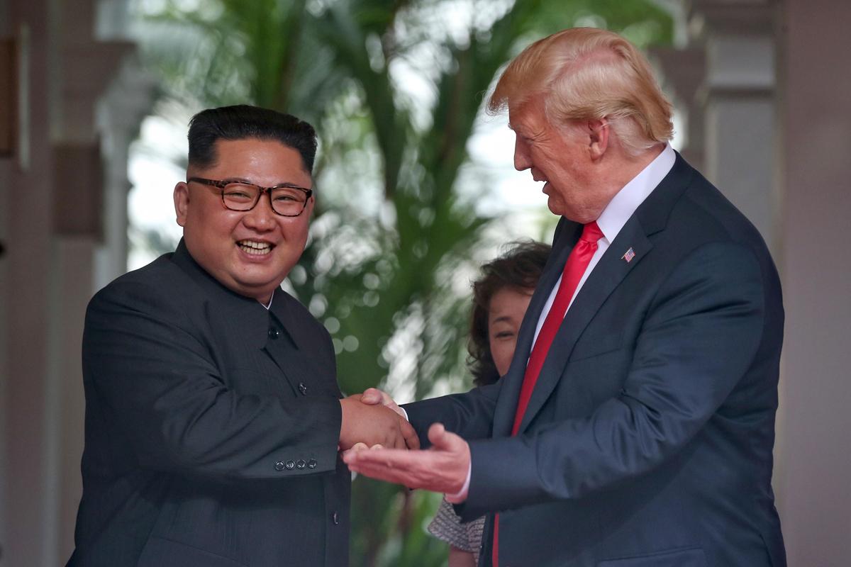דולנד טראמפ ו קים ג'ונג און נפגשים ב סינגפור, צילום: אי פי איי