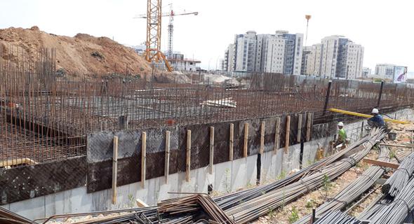 אתר בנייה. האטה בבנייה תוביל לעליית מחירים