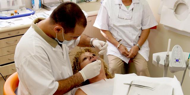צריכים טיפול שיניים? תחכו: עובדי חברות הבת של כללית פתחו בעיצומים