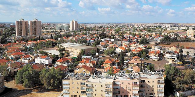 """נדל""""ן יוני: איפה נמכרה דירת 4 חדרים ב־690 אלף שקל?"""