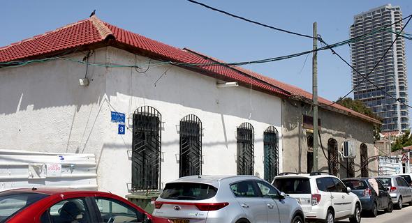 בית הכנסת שערי תורה בנווה צדק פטריק דרהי, צילום: עמית שעל
