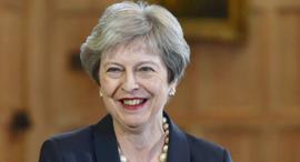 תרזה מיי ראש ממשלת בריטניה 17.6.18, צילום: רויטרס