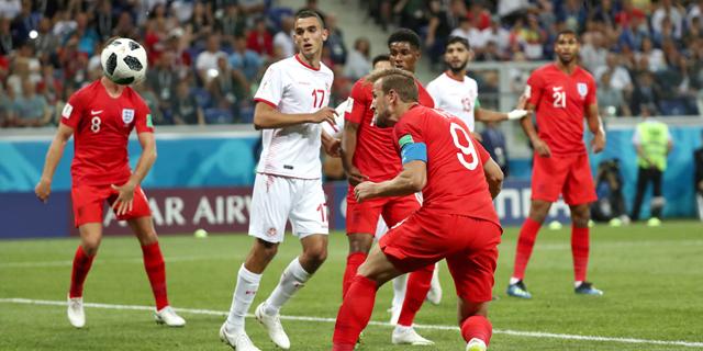 נבחרת אנגליה מנהלת ציפיות