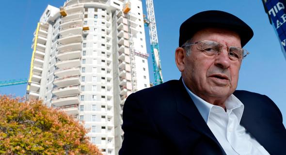אברהם קוזניצקי, בעל השליטה במנרב, צילום: עמית שעל