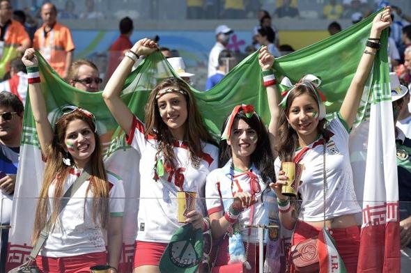 אוהדות איראניות במונדיאל 2018, צילום: AFP