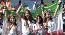 אוהדות כדורגל איראניות נבחרת אירן איראן מונדיאל 2018, צילום: AFP