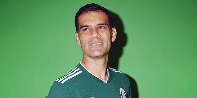 """הכדורגלן שארה""""ב מתייחסת אליו כמו אל איראן"""
