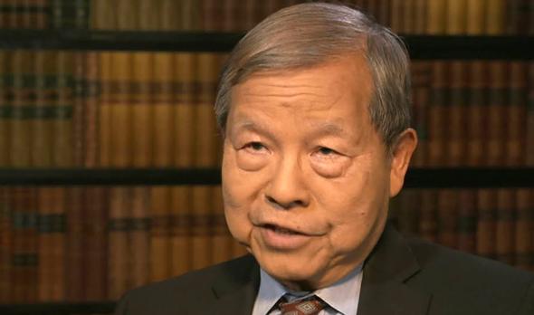 """הכלכלן ד""""ר יוקון חואנג"""