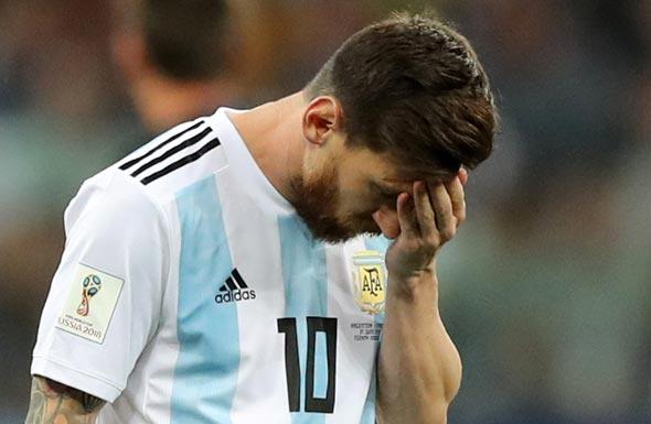 ליאו מסי מאוכזב ומושפל במשחק מול קרואטיה