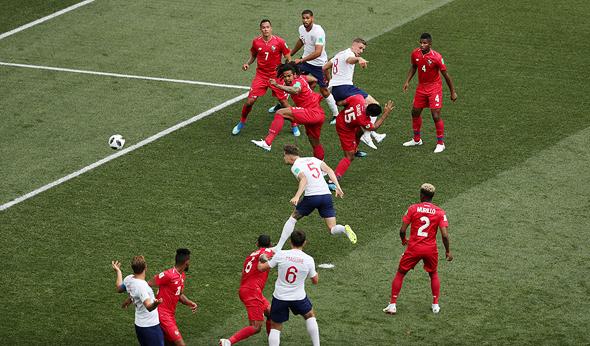 אנגליה נגד פנמה