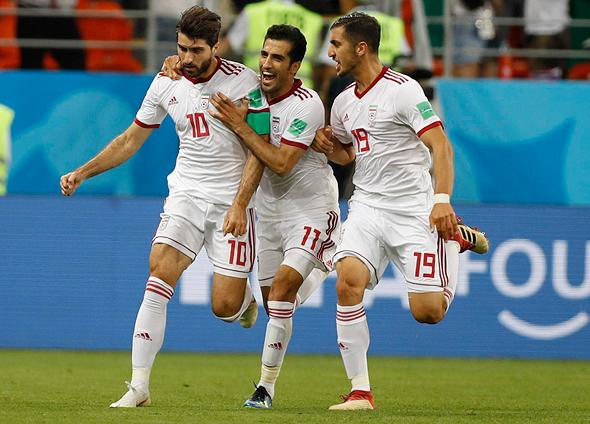 שחקני איראן במשחק מול פורטוגל