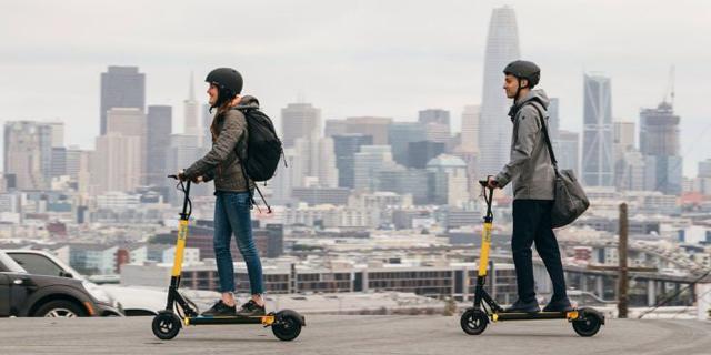 מכה לאובר וליפט: לא יספקו קורקינטים חשמליים לסן פרנסיסקו