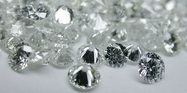 Woman Investigated in Lev Leviev Diamond Smuggling Case Dies in Apparent Suicide