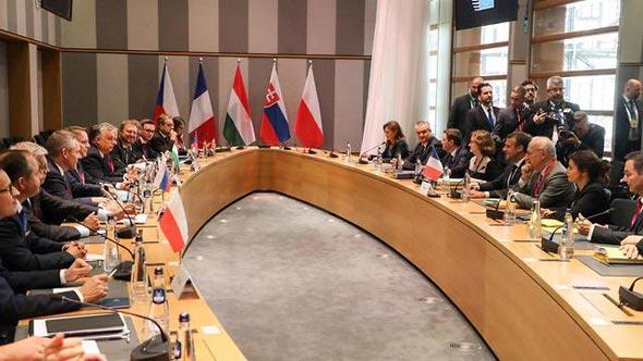 מנהיגי האיחוד האירופי נפגשים בבריסל - עד לא מזמן עיר משוסעת בעצמה, כיום בירה של אחדות