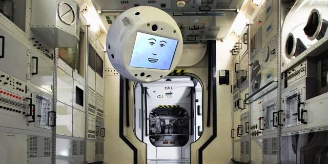 הכירו את סימון, האסטרונאוט הרובוטי של איירבוס