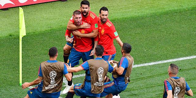נבחרת ספרד במשחק, צילום: איי אף פי