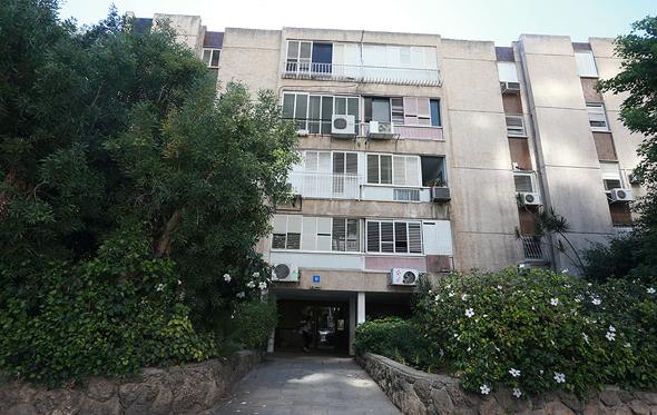 המתחם ברחוב רקאנטי ברמת אביב ג'