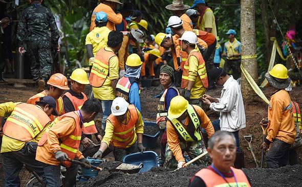 כוחות החילוץ בתאילנד